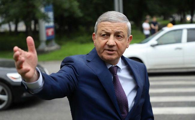 Битаров объявил об окончании самоизоляции в Осетии