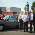 Битаров подарил автомобиль издательству из Моздока