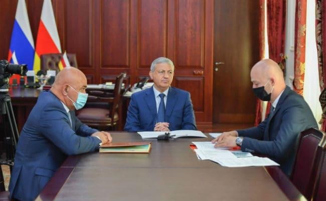 Битаров и Кодзаев обсудили развитие туристического потенциала Северной Осетии