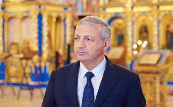 Битаров поздравил православных с праздником