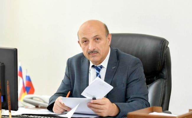 Ахсарбек Фадзаев Вице-премьер Северной Осетии