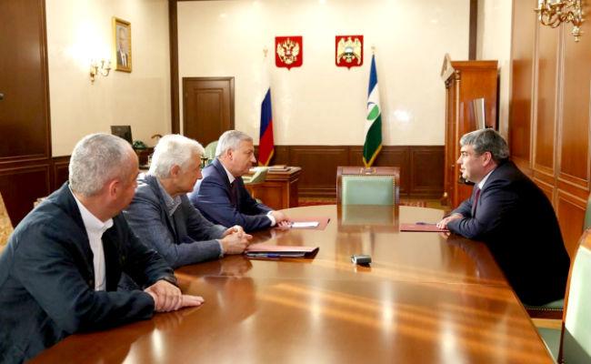 Битаров и Коков обсудили перспективы сотрудничества двух республик
