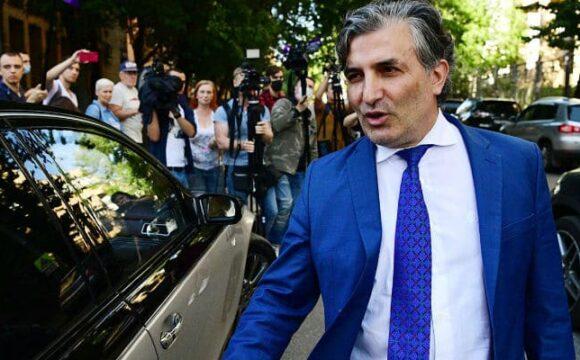 В Северной Осетии рассмотрят действия Эльмана Пашаева в деле Ефремова
