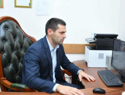 Артур Кокаев принял участие во Всероссийском селекторном совещании по итогам летней оздоровительной кампании