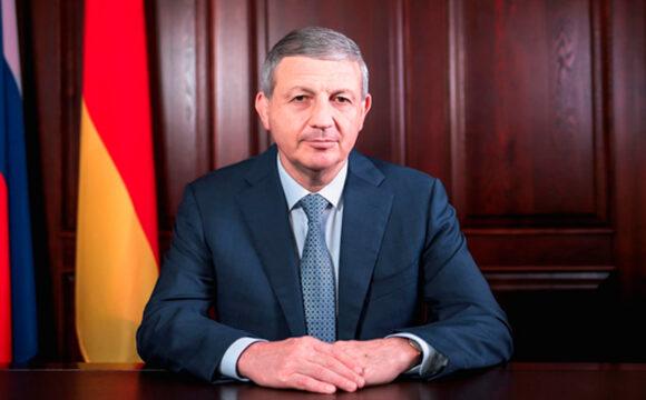 Вячеслав Битаров ушел в отставку
